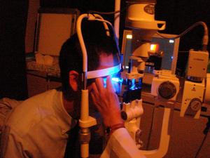非接触式眼圧測定