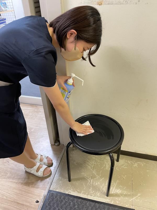 【消毒】入口椅子