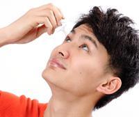 抗VEGF抗体療法/抗菌点眼薬を使用